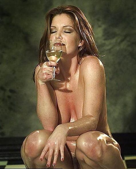 Kira reed nude pic