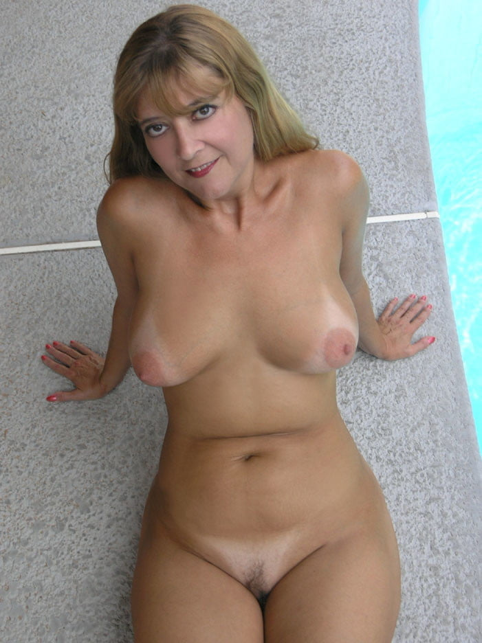 Milfs Naked Hot And Cuddly Pics Xhamster