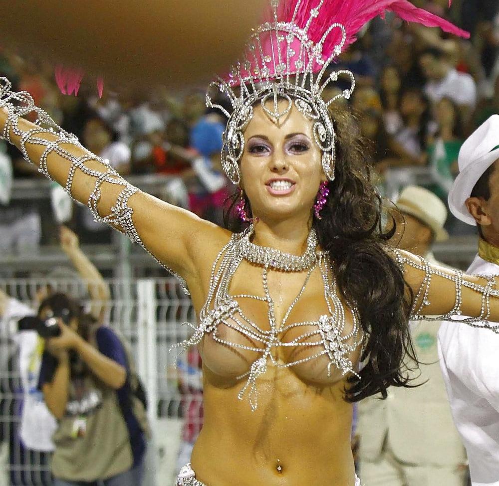 Topless carnival rio