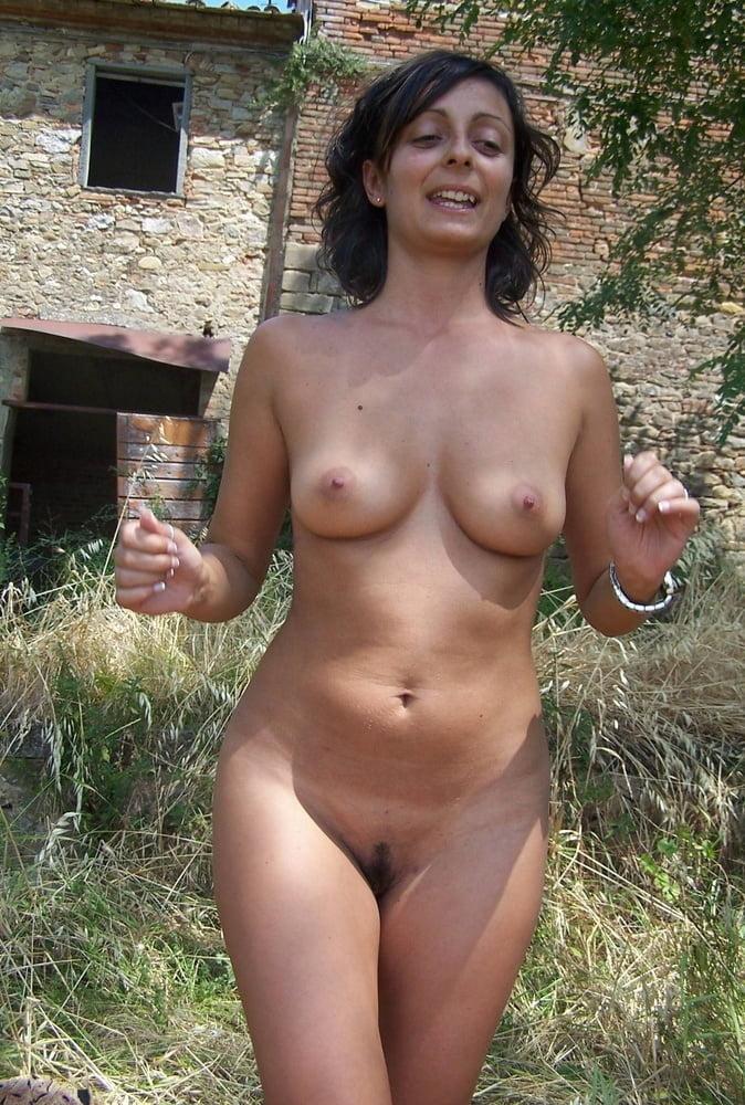 Gorgeous naked wife-3937