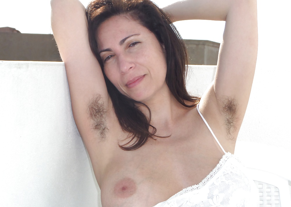 Very hot hairy armpits milf — img 3