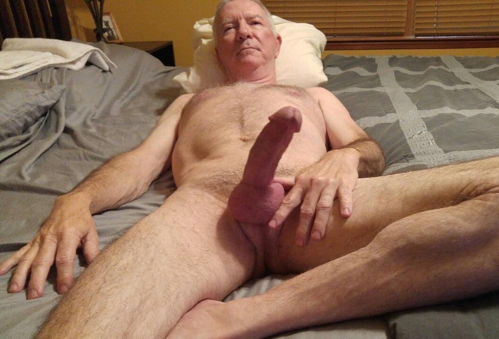 члены у стариков мастурбация у них фото схватил бедро плавно