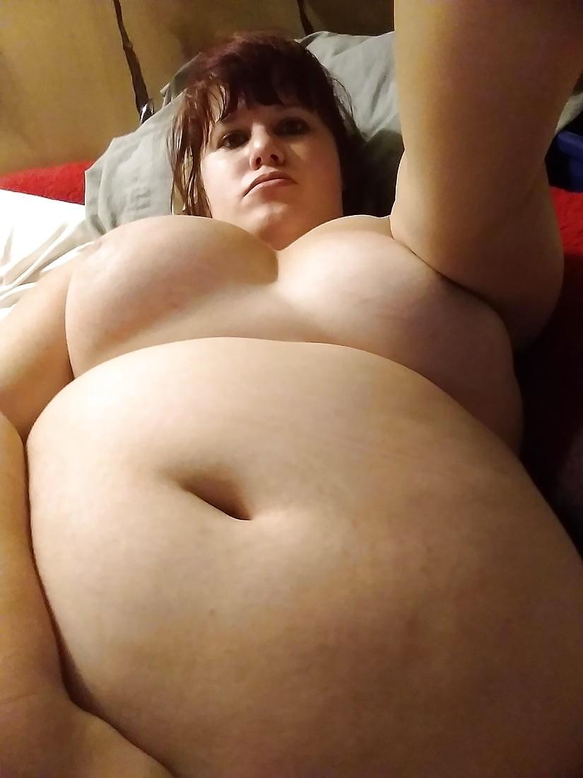 Fat bbw girl belly play
