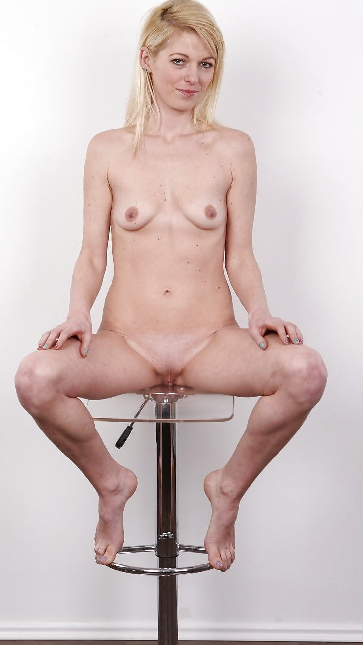 Femdom male slave tube