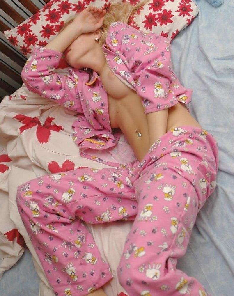 Sluts in pajamas, naked women close up pussy
