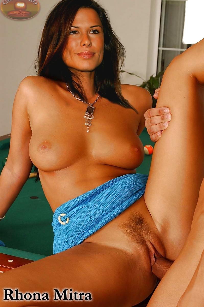 seks-porno-aktrisa-rona-konchayut
