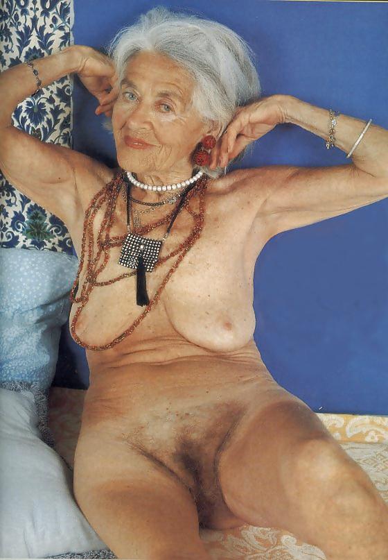 Very Old Granny Molly 90 - 22 Pics  Xhamster-1553