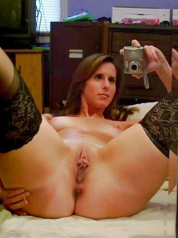 Milf Pussy Selfie