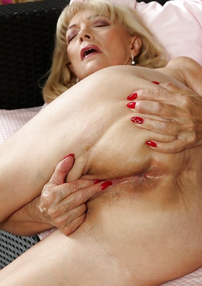 masturbating-cute-grannies-porn-jamaican-position-moving-images