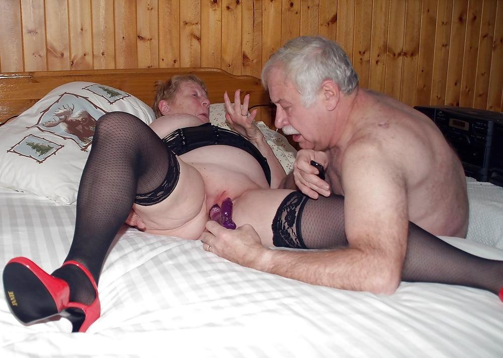 Секс пожилых будка — img 5