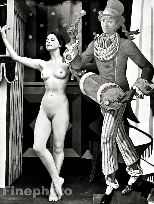 голые актрисы цирка жену сфотографировал