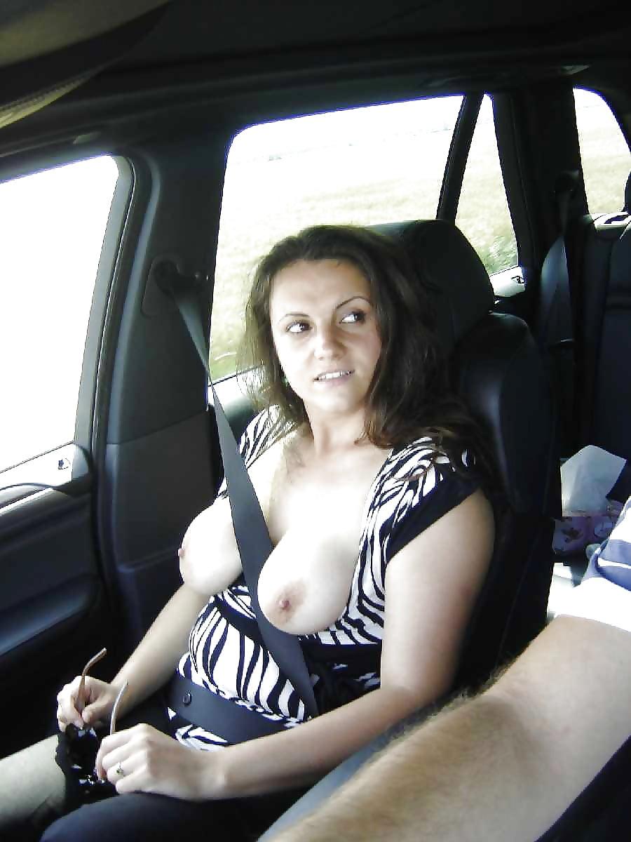 nude-chubby-girls-in-a-car