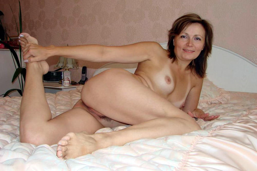 Naked wife marie