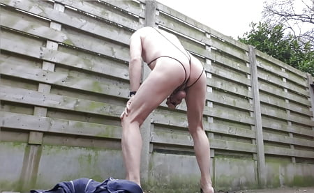 naked bdsm bondage jerking like grazy in public outdoor