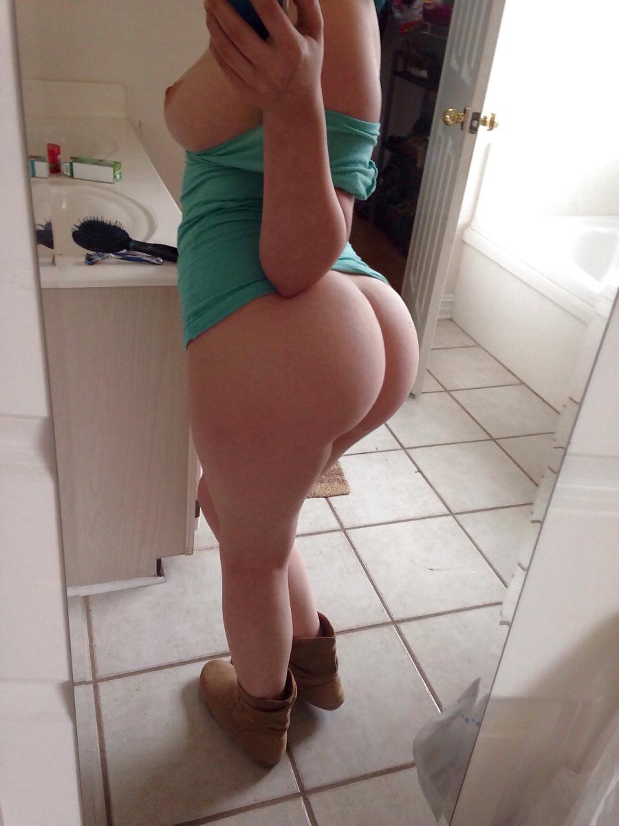 Medium butt white girls pics