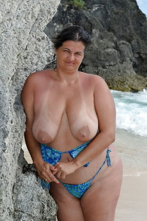 Etre natural beauty pussy body moisturizer