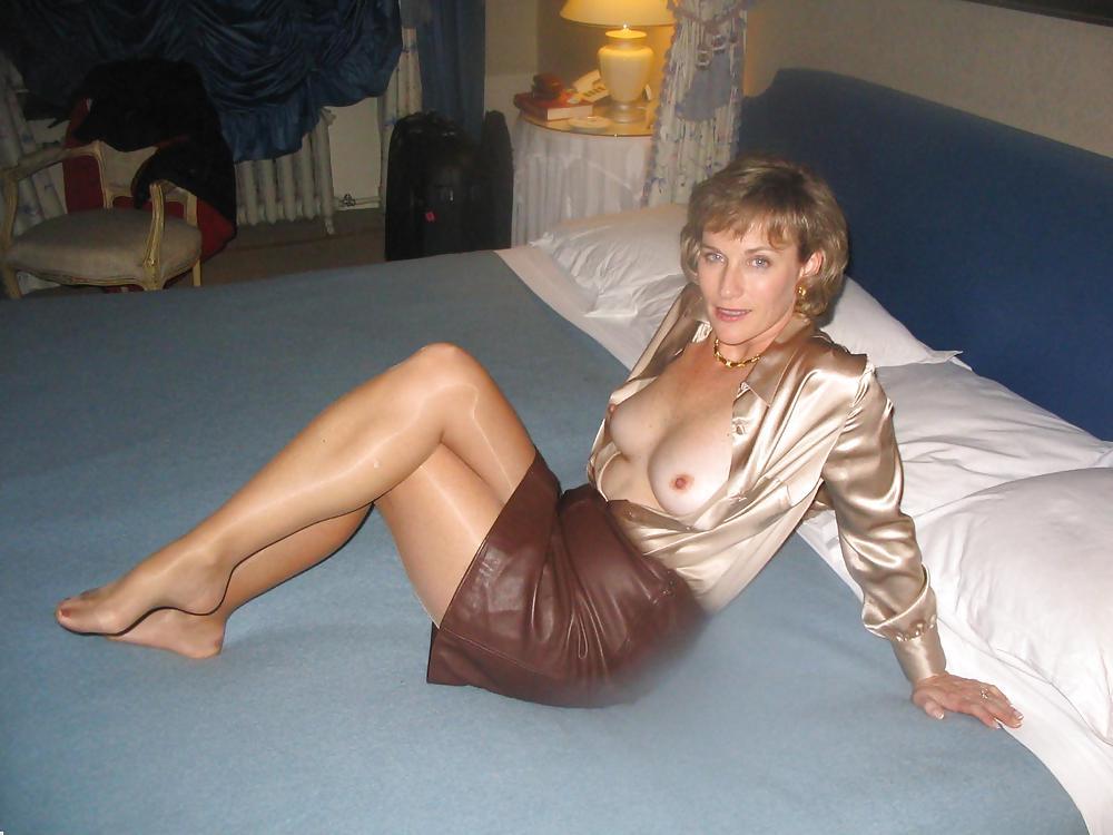 частное фото женщин в возрасте-эротика - 1