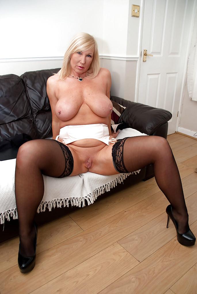Free porn stockings, british, granny pics