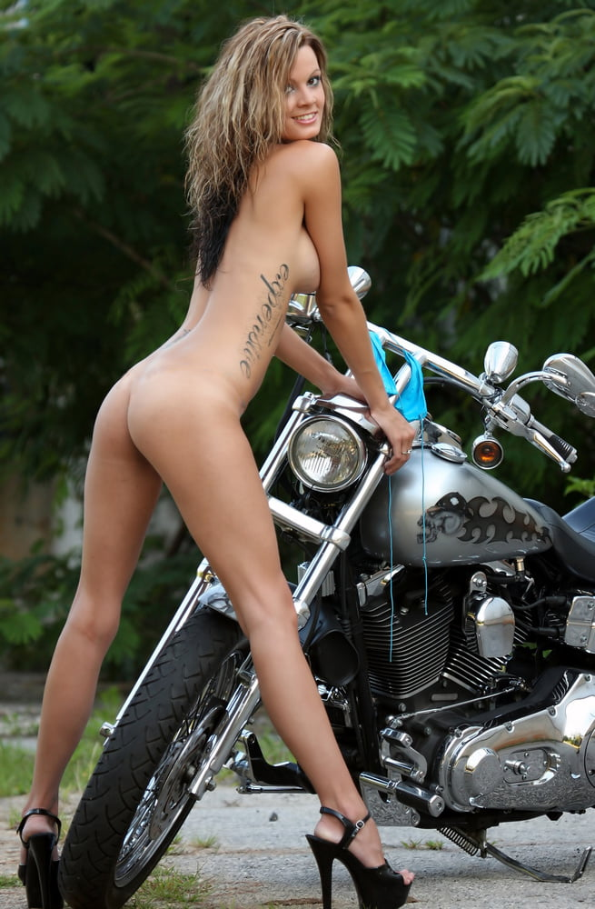 Babe bike xxx, youmg ebony nudist