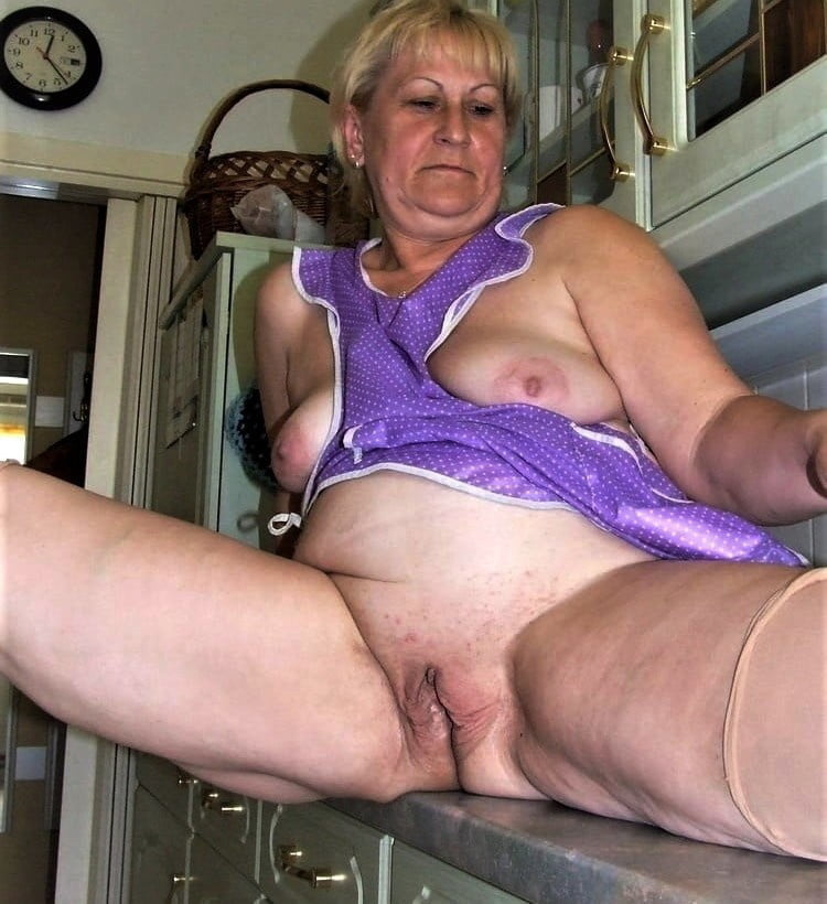 Mature & Grannys 0398