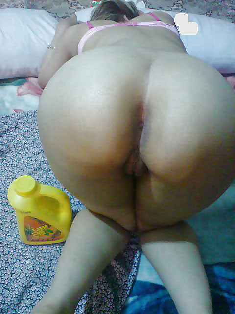 Naked Sexy Iranian Girl