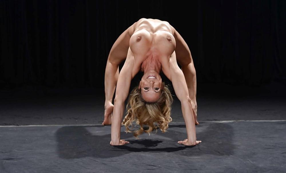 ero-prikoli-v-gimnastike