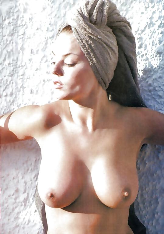 Warm Geri Halliwell Nude Scenes