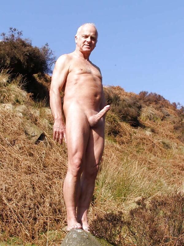 pourn-girl-old-nude-nudist-men