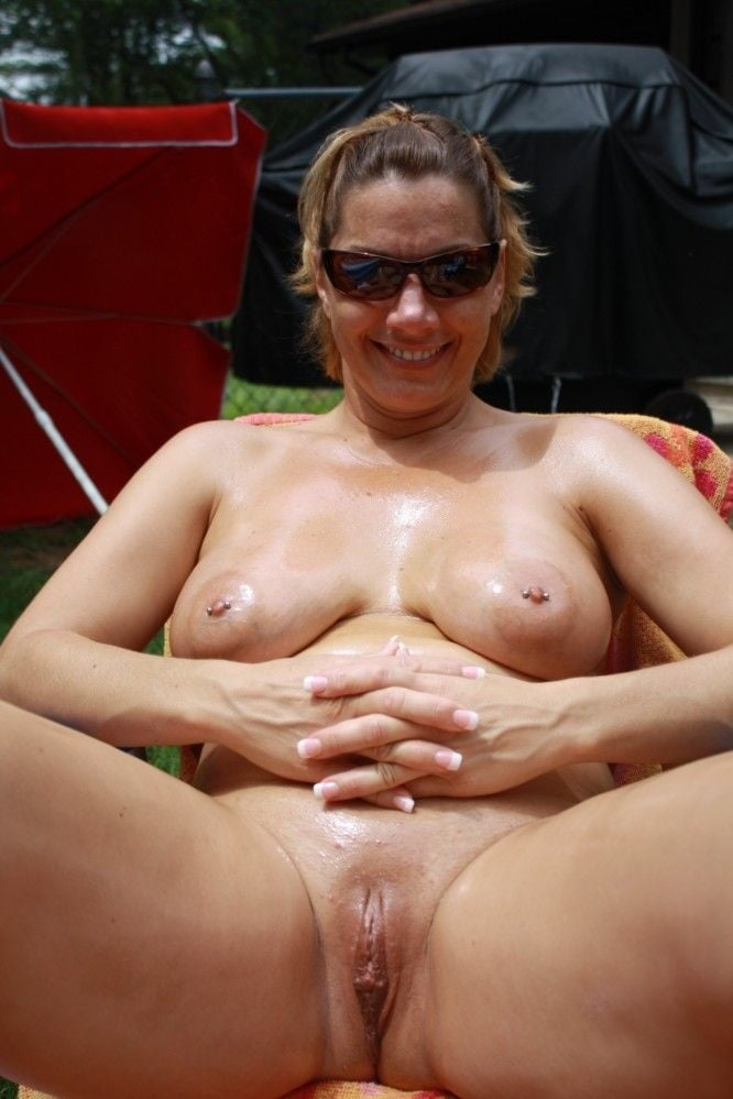 Nude mature thumbnails — photo 14