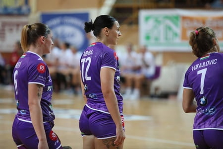 fisting Handball or