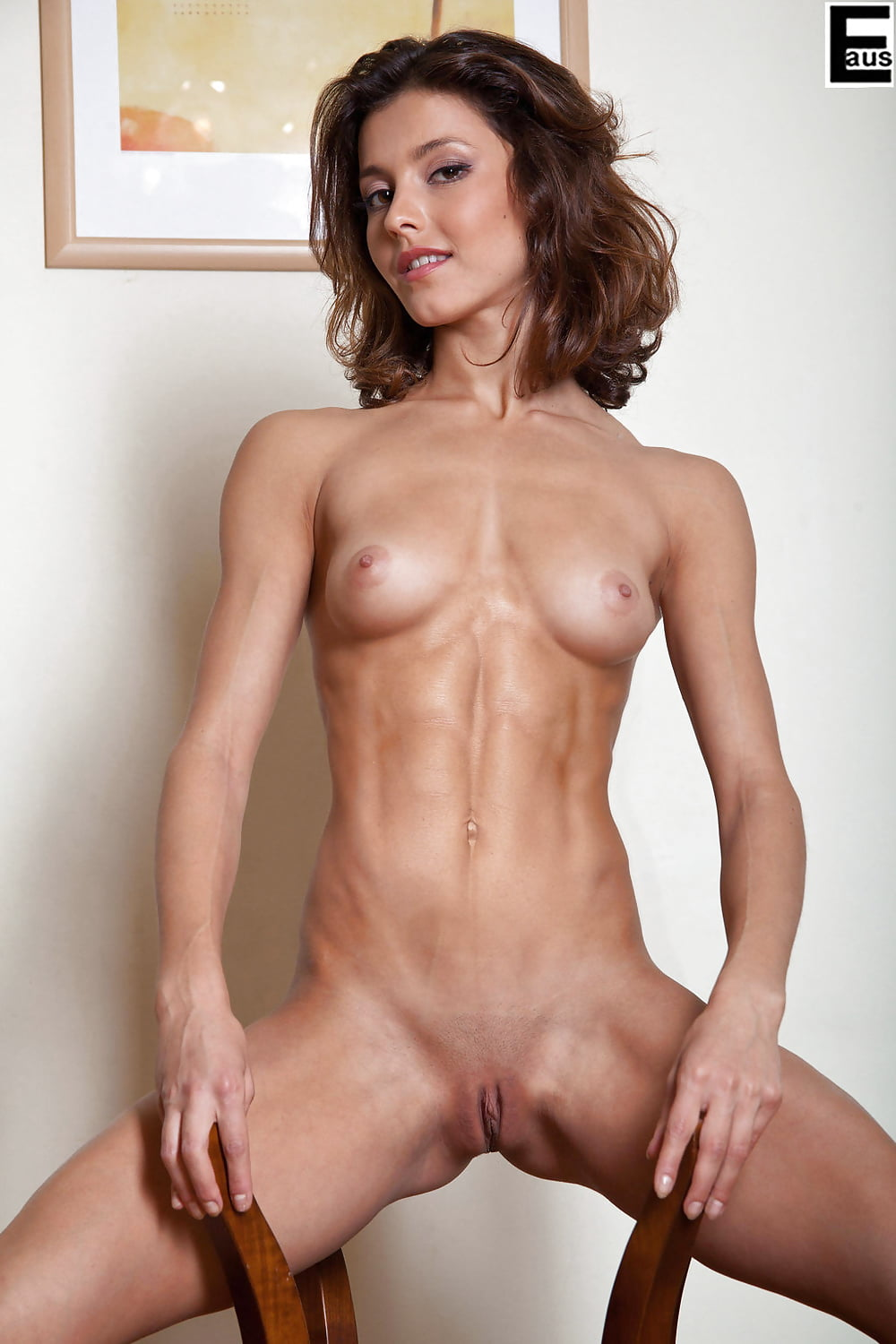 hispanic-thin-girls-nude