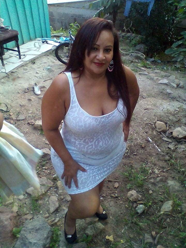 Jenny 7 - 27 Pics