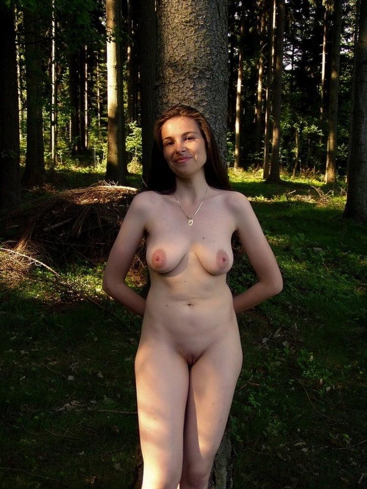 Частное фото голые супруги на природе, фильм трахни меня снимаются порноактрисы