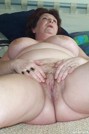 Mature Big Pussy Lips Fucked