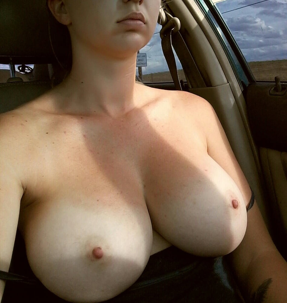 Skinny Teen With Small Tits Fucked In Amateur Photo