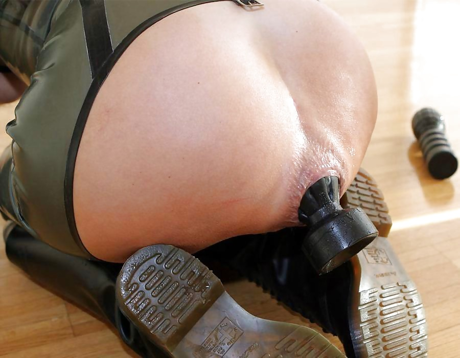 Anal huge objects insertion pictures — pic 11
