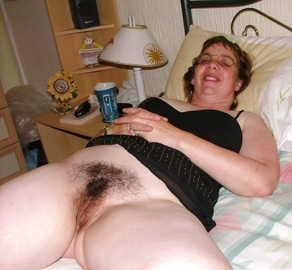 Фото волосатая пизда полных, ебут хохлушку западную
