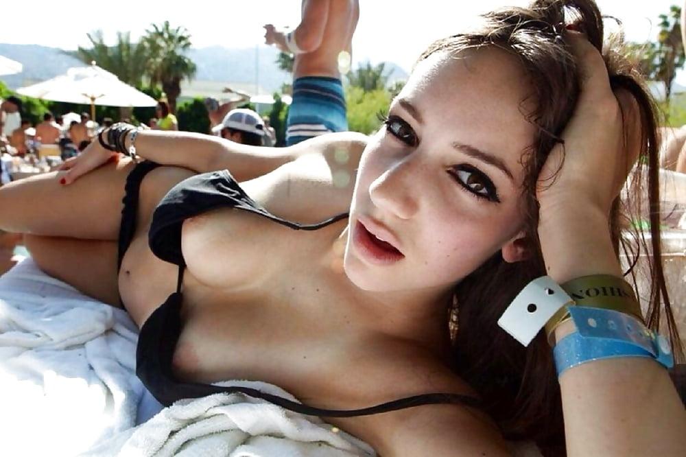 Movie sex bikini top flash nude hurley sucking cock