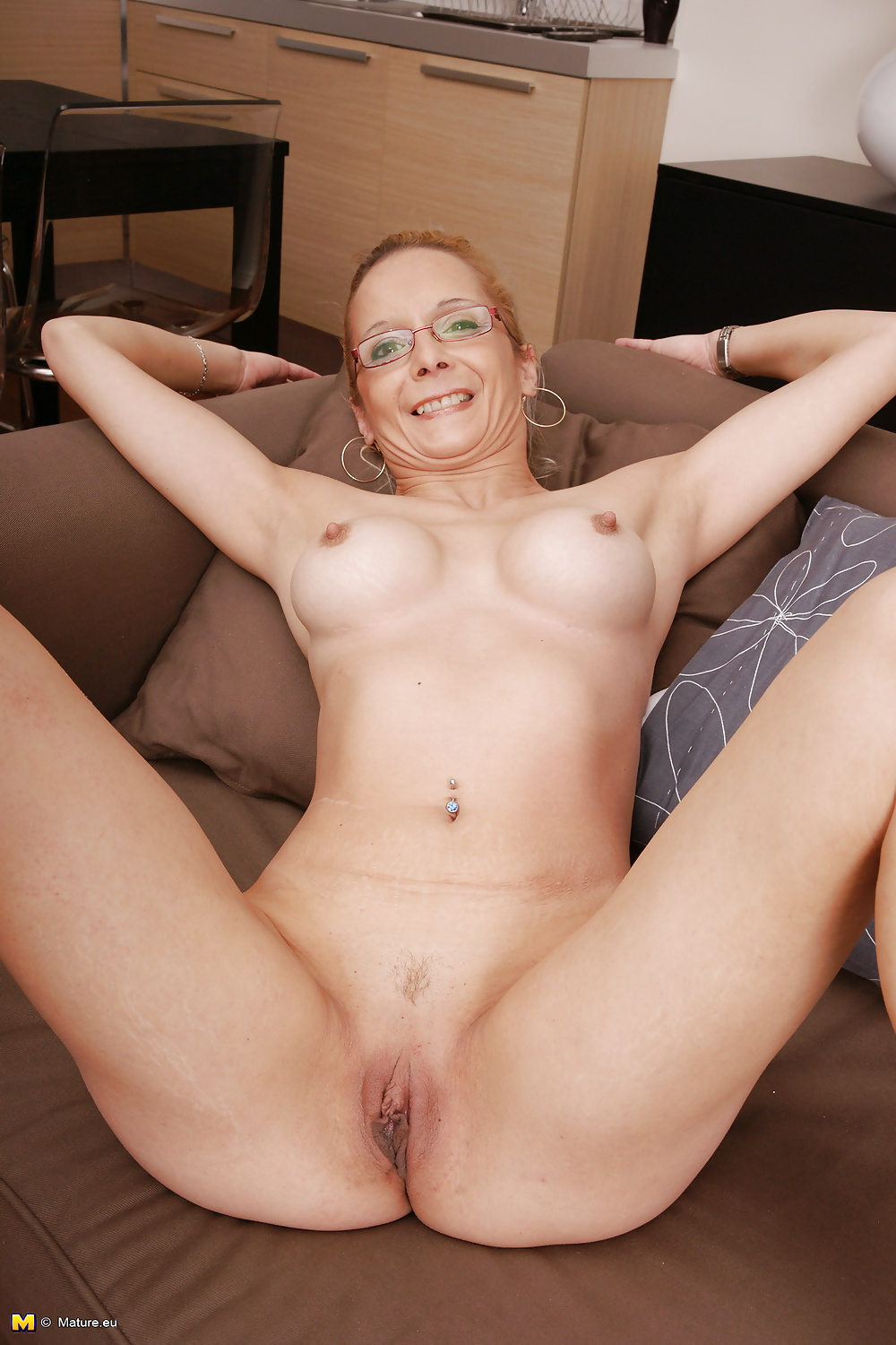 free-naked-mature-pussy