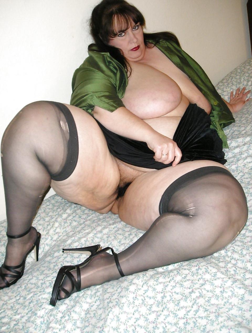 Порно фото чулках толстушек