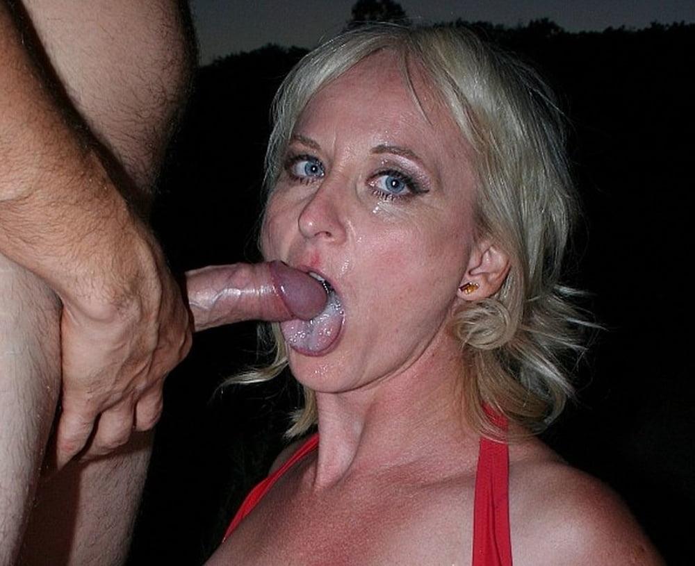 MILF Monika from Linz (49), spontanous Sex in Nature - 45 Pics