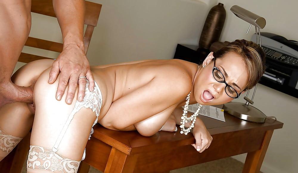 Все коллекции порно секретарши задница в сперме #3