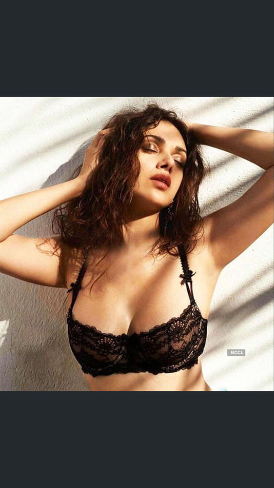 Top sexy bollywood movies-6087