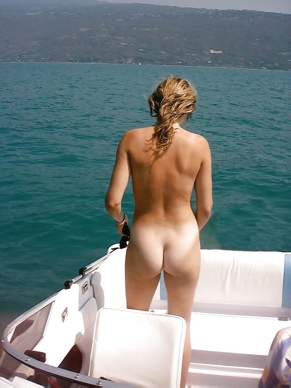 Russian Girl Posing Naked