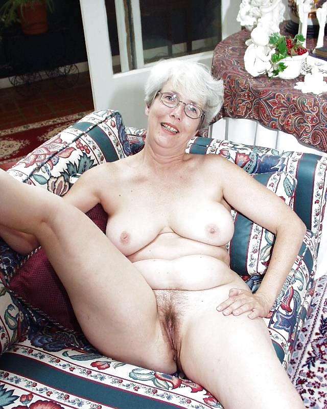 Granny nude babes