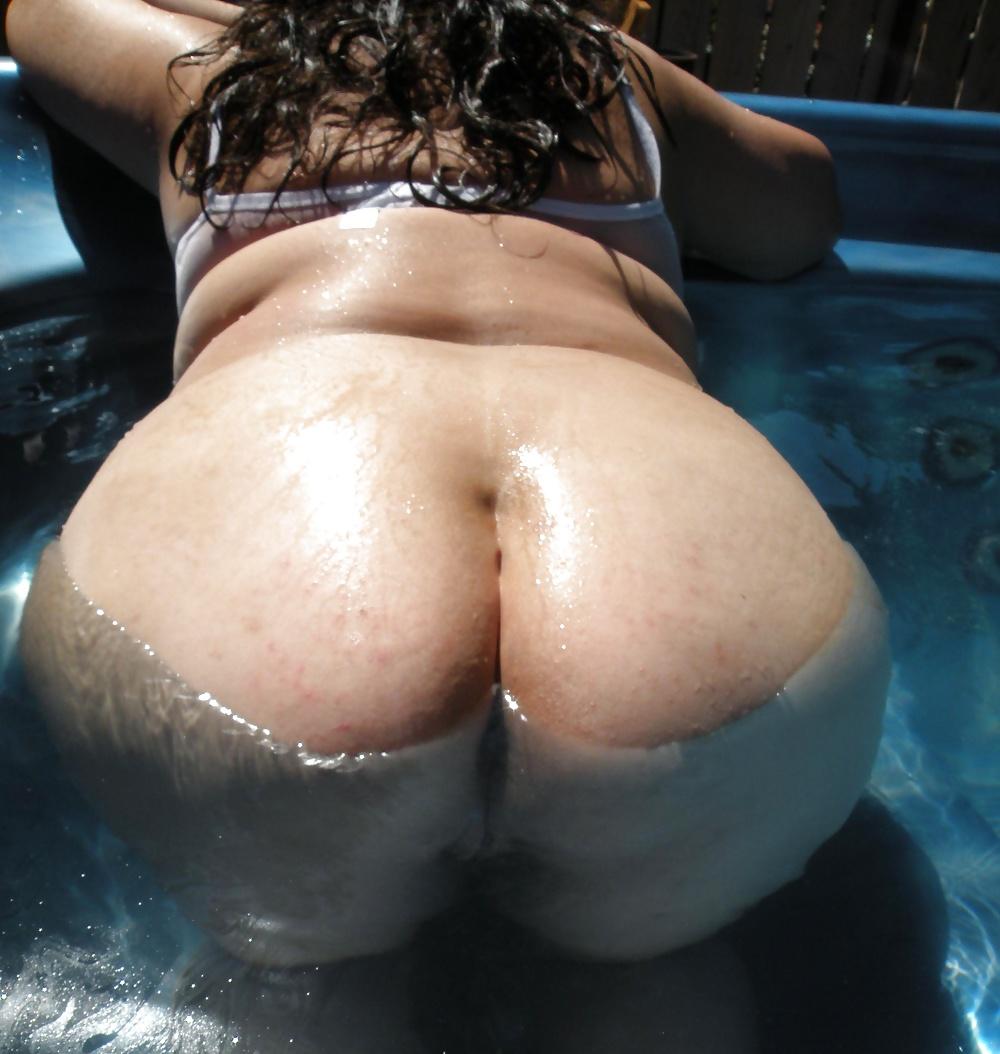 Huge butt fetish photo