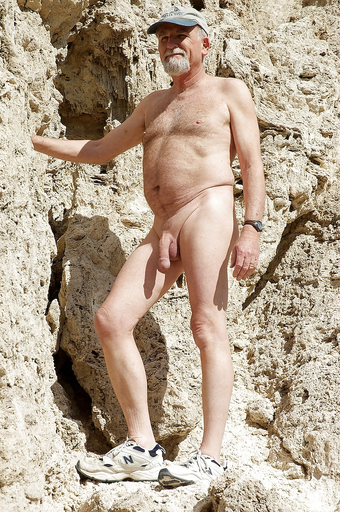 old-nude-nudist-men-girls-playing-with-cocks-xxx