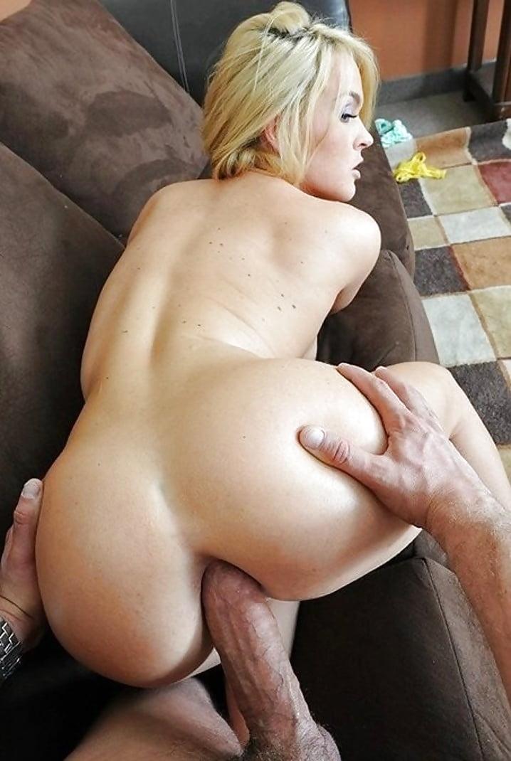 большой член в жопе у блондинки минет сперма