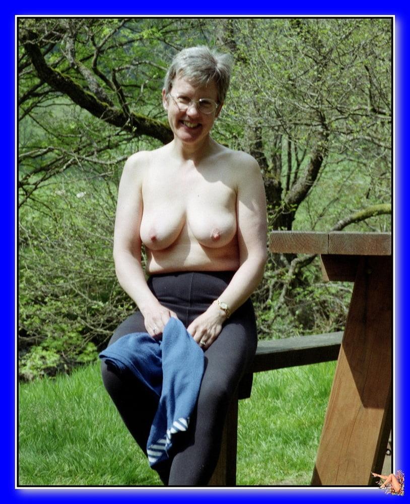 Big black tits porn pics