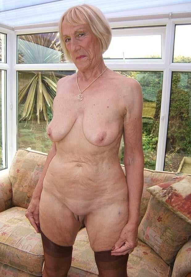 naked-grannies-freesh